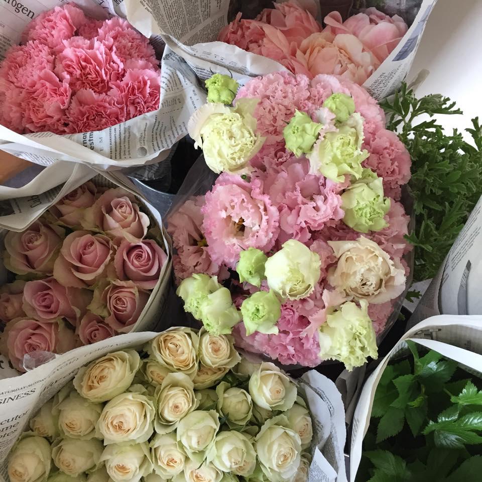 Z-Flower Design+_母の日のアレンジをつくる花を入荷_2015