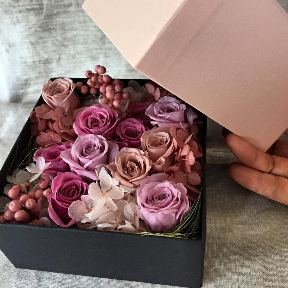 Z-Flower Design+_敬老の日にBOXにアレンジしたプリザーブドフラワーを贈る_2015