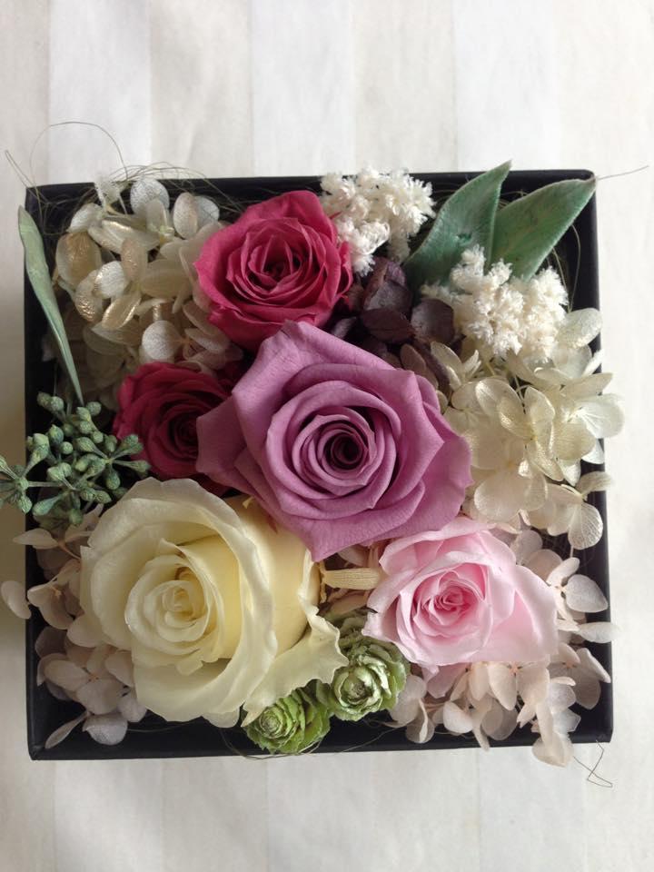 Z-Flower Design+_敬老の日にBOXにアレンジしたプリザーブドフラワーを贈る(3)_2015