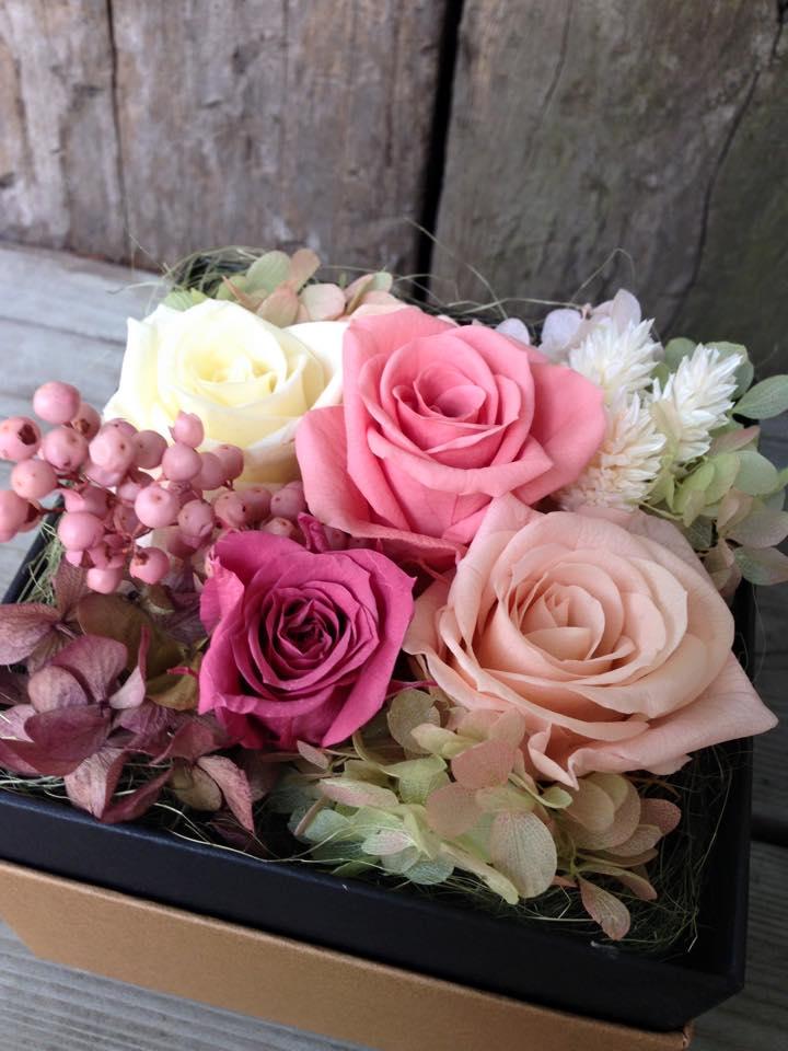 Z-Flower Design+_敬老の日にBOXにアレンジしたプリザーブドフラワーを贈る(4)_2015