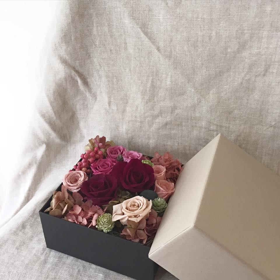Z-Flower Design+_書道の先生にをプリザーブドフラワーを贈る_2015