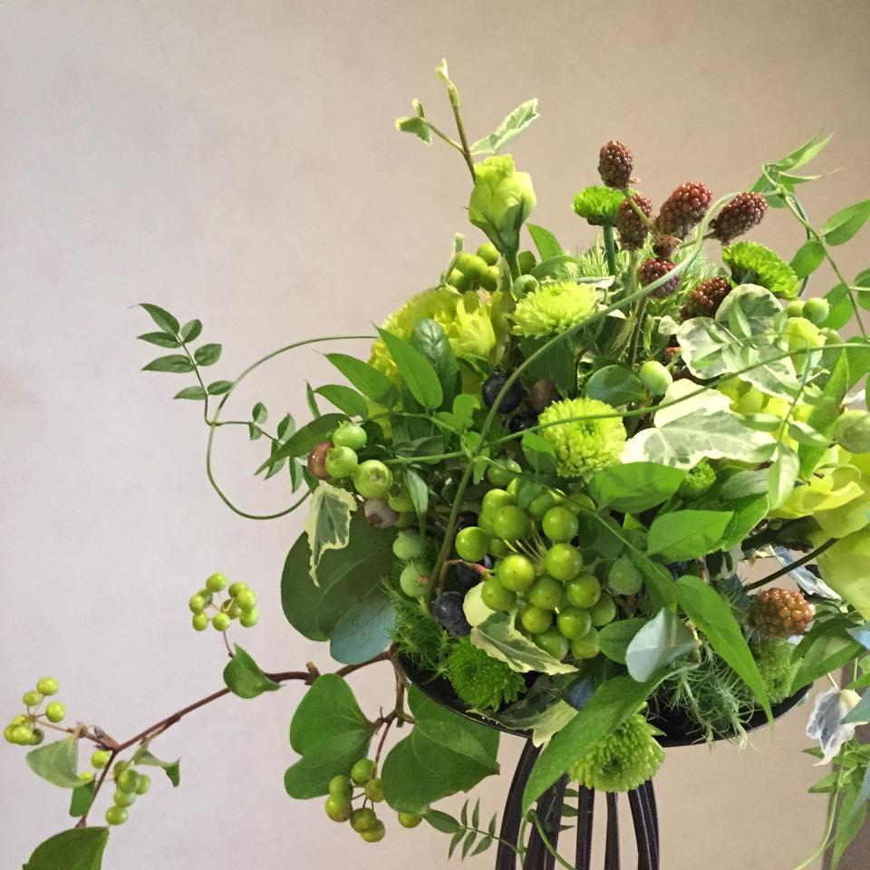 Z-Flower Design+_Berry Ballのグリーンのアレンジ_2015