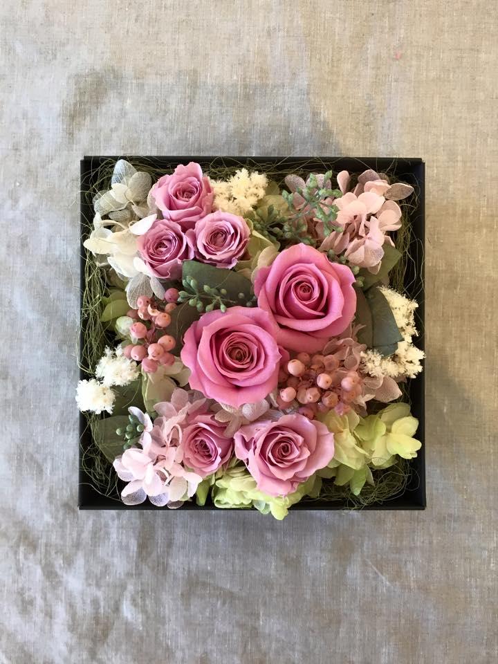 Z-Flower Design+_敬老の日にBOXにアレンジしたプリザーブドフラワーを贈る(2)_2015